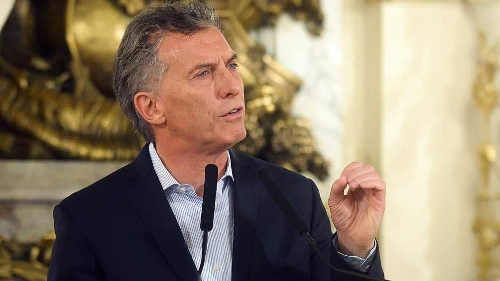 Opinión; Añez es para Bolivia lo que Macri fue para Argentina incapaz de resolver la crisis económica