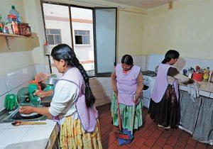 Photo of Trabajadoras del Hogar denuncian discriminación y despidos en plena cuarentena