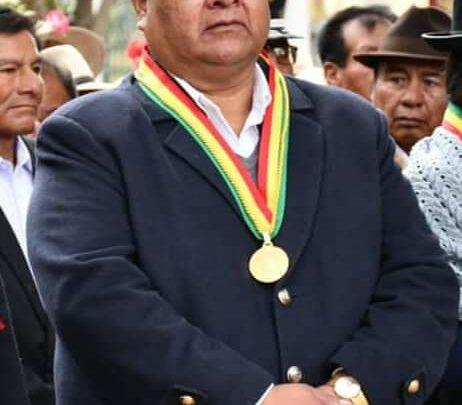 Photo of El Presidente de la Cámara de Diputados Sergio Choque desafió a Juan Carlos Huarachi a levantar los bloqueos se ofreció  de garante
