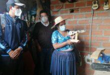 Photo of La Ministra Sabina Orellana apoyará la fabrica de charango en Aiquile afectada económicamente por la pandemia se buscara  vender mediante subastas virtuales