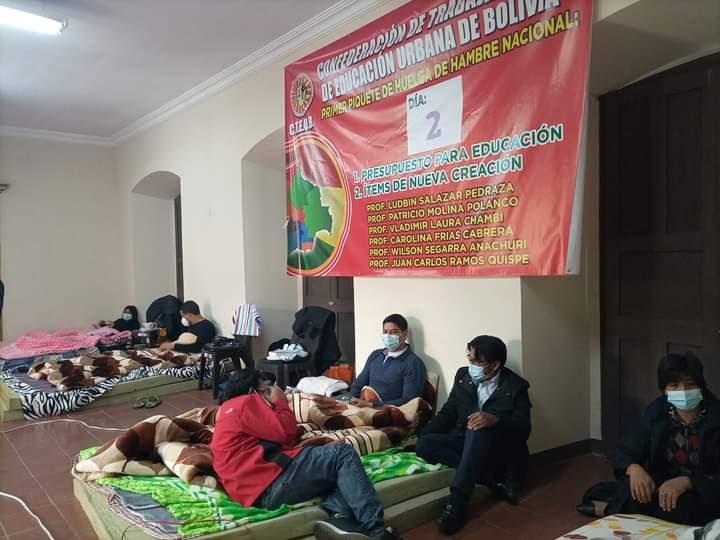 Magisterio urbano de La Paz y El Alto van a la  huelga de  hambre y anuncian marchas por mas presupuesto