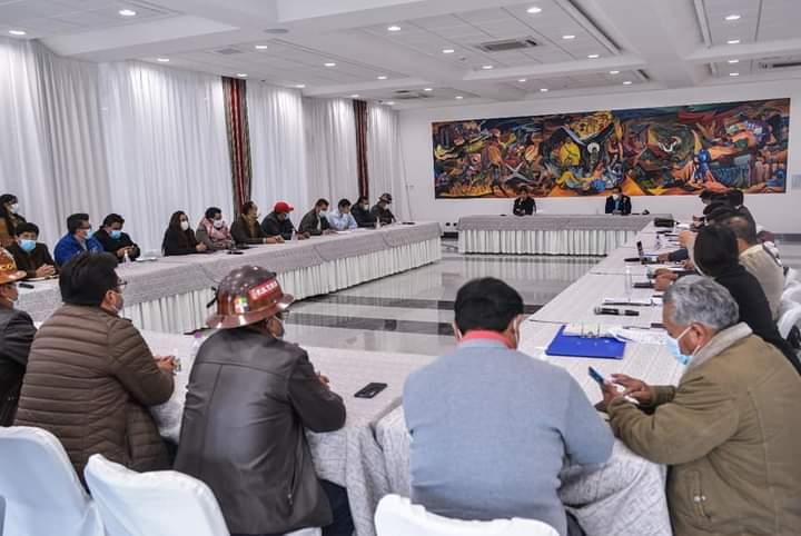 La COB solicitaría reunión con el Presidente Luis Arce Catacora para definir el porcentaje del incremento salarial