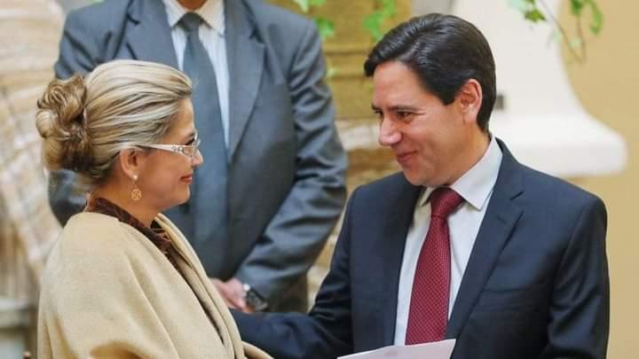 Salvador Romero Presidente del Tribunal Supremo Electoral renunció a su cargo fue nombrado como Vocal por Jeanine Añez