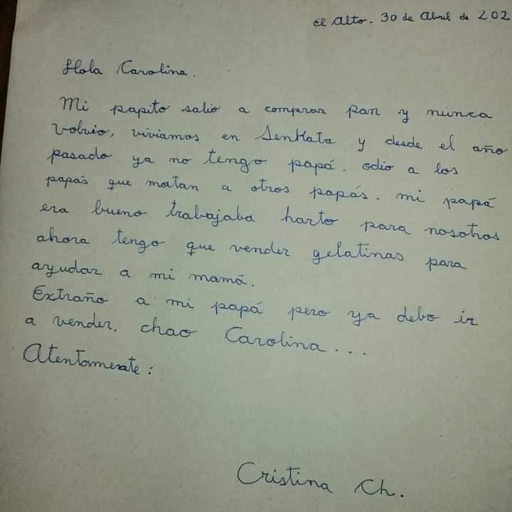 """Niña huérfana de Senkata envia una carta a la hija de Jeanine Añez , """"extraño a mi papá"""""""