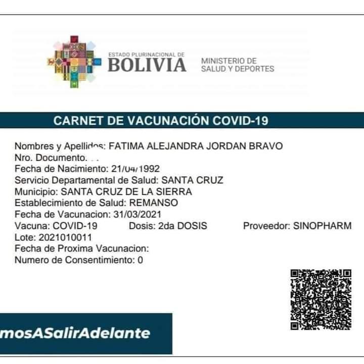 La novia de 29 años de Luis Fernando Camacho recibió la vacuna contra el COV-19 en un nosocomio de la capital oriental