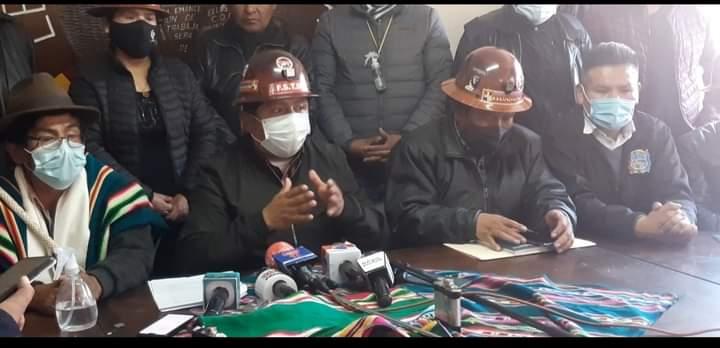 Secretario Ejecutivo de la COB ,Juan Carlos Huarachi, ´´ en Huanuni no existe y no existirá cooperativas ´´para evitar confrontaciones